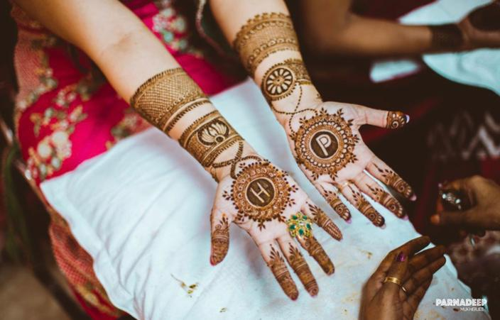 mehendi with initials