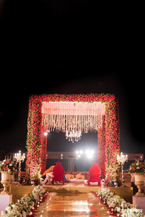 indian wedding decor , indian wedding , indian bride , mehendi , jaipur wedding | mehendi lehenga | wedding decor