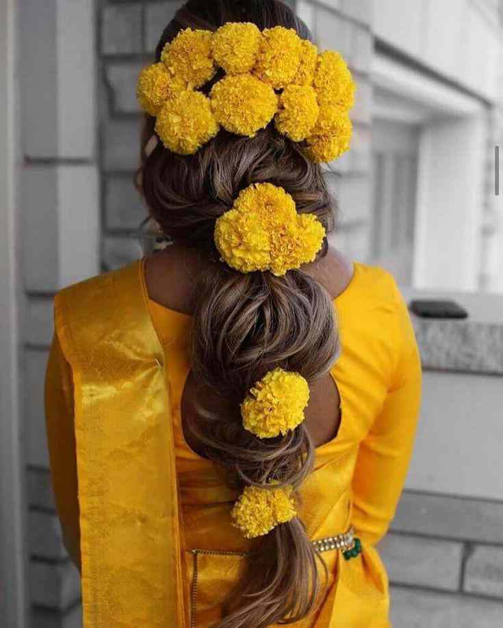 floral hairstyle | 2021 brides