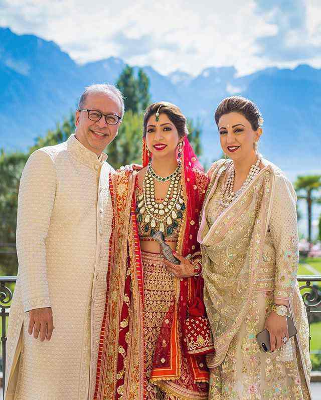family photograph | bride with her family
