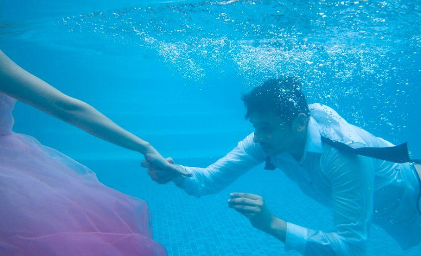 real indian wedding , Pre wedding shoot themes   underwater proposal   proposal shoot