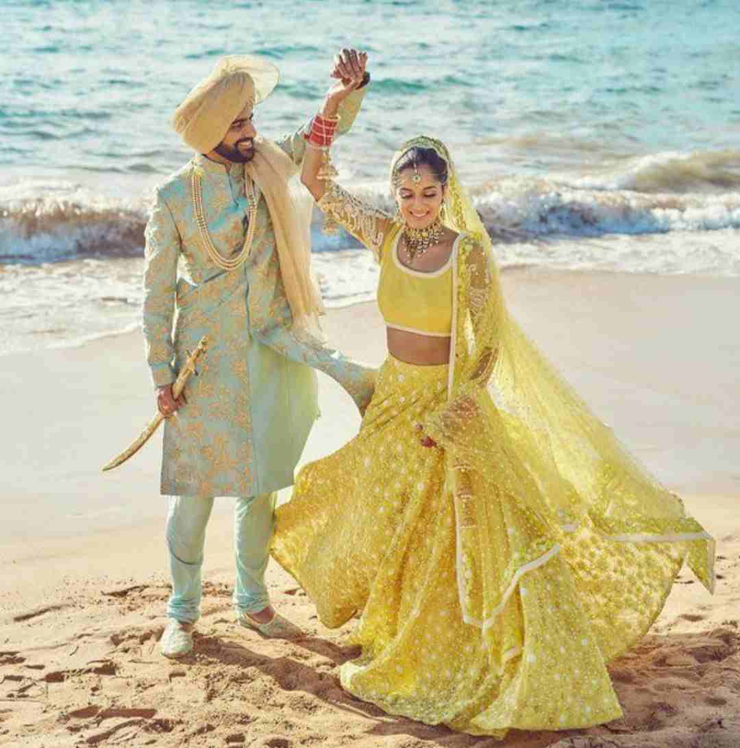 beach weddings | pantone colour of 2021