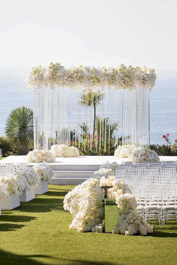 white wedding | wedding decoration