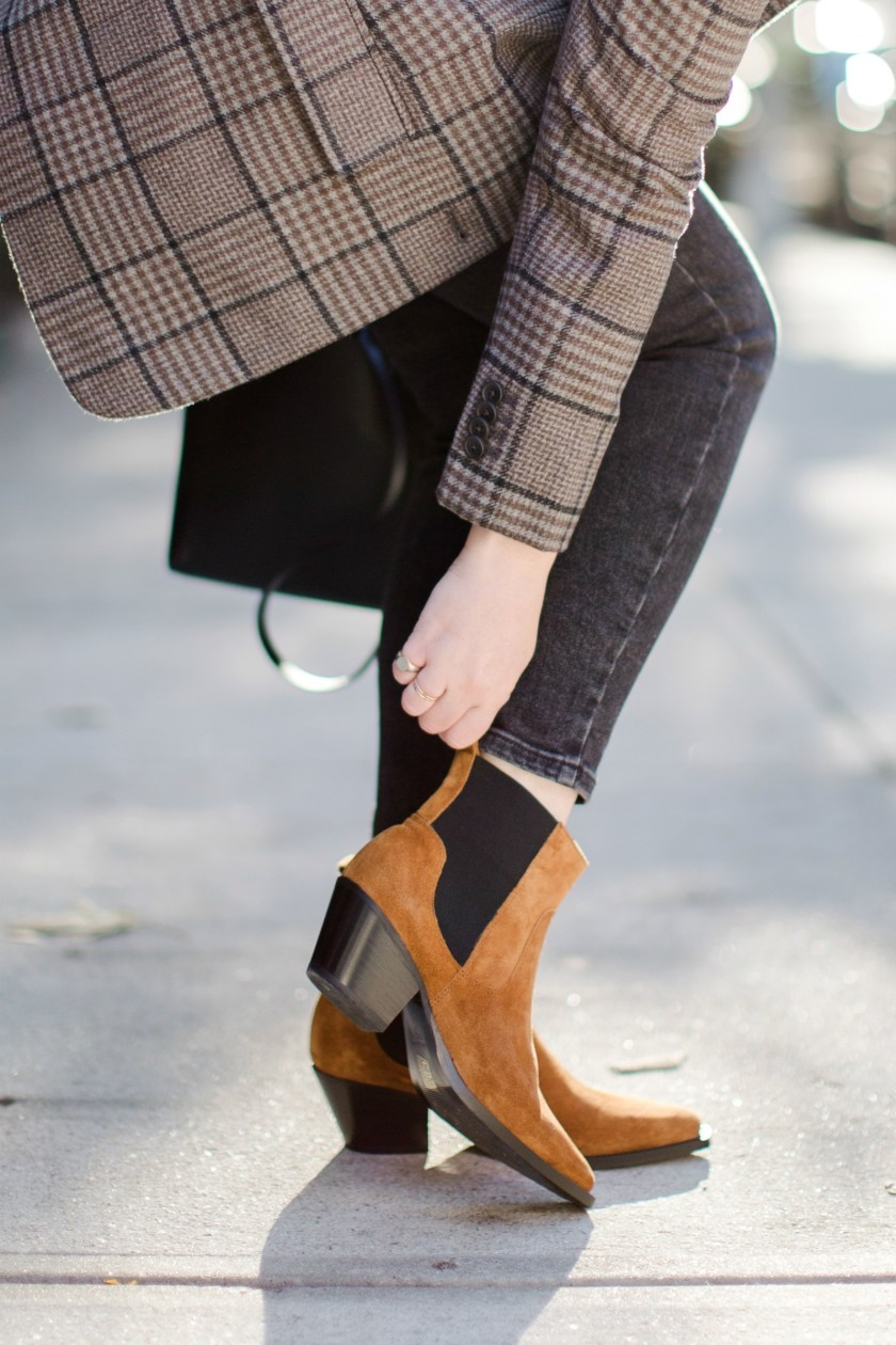 Everlane Boots and Blazers I FALL/WINTER WARDROBE STAPLES