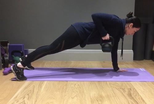 5 simple Kettlebell exercises – where to start?