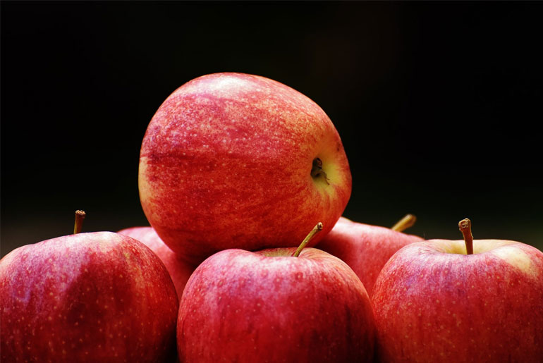 The most incredible 5 health Benefits of APPLE