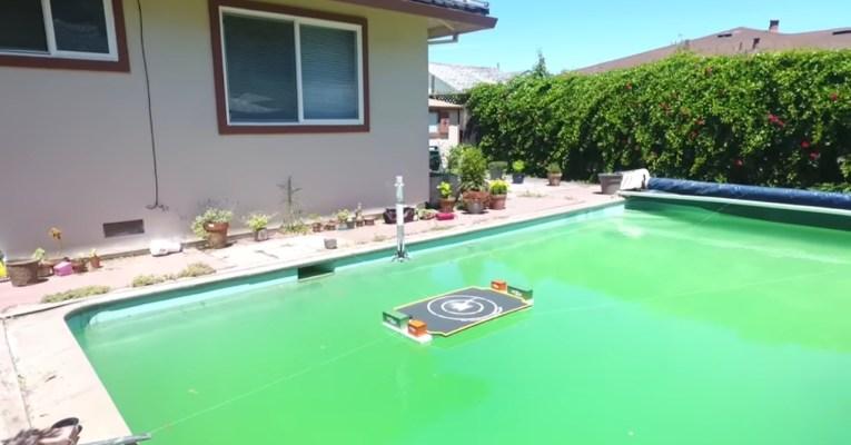 SpaceX Fan Guy Replicate Falcon 9 Landing in a Swimming Pool