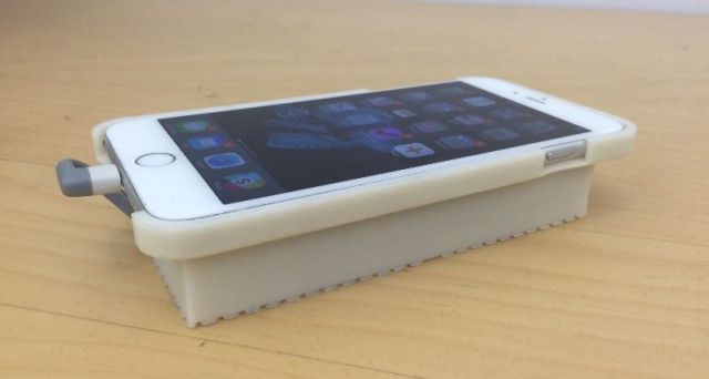 This phone case lets an iPhone run Android