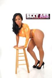 Tia Simone SexyAssLadies.com3.thewizsdailydose