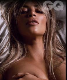 Kim Kardashian Goes Totally Nude as British GQ's Woman of the Year 004