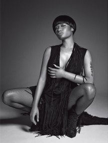 Nicki-Minaj-Black-Dress-L'Uomo-Vogue-Italia.wizsdailydose.com