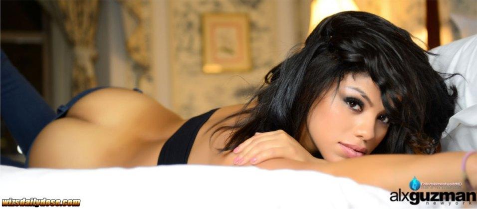 Jennifer-Stacks-Alx-Guzman-Photo-003-entertainmentworld-HD.wizsdailydose.com