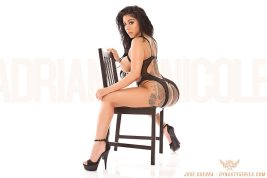 Adrianne Nicole 015