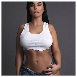 Ashley Logan 058