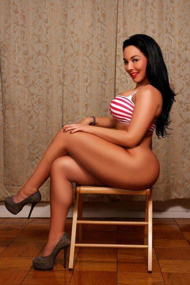 Ashley Logan 061