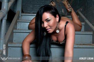 Ashley Logan 093