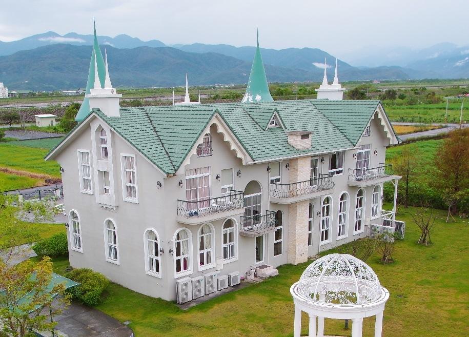 【宜蘭民宿推薦】希格瑪花園城堡,我圓夢了!夢幻度爆表的歐洲城堡,一生一定要住一次!