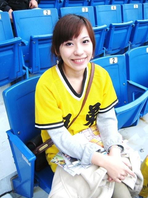 [♬棒球♬-球季又開始了耶~~] @小環妞 幸福足跡