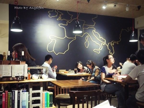 [吃♡台北]爆紅招牌墨魚燉飯的優質店。黑米cafe bistro @小環妞 幸福足跡