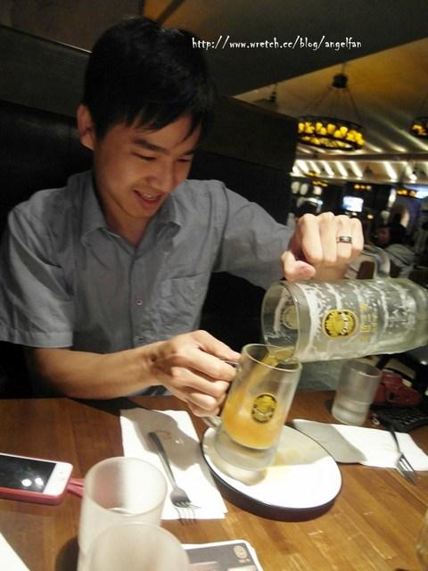 [台北美食餐廳]金色三麥(京站店)~現釀啤酒的第一選擇~ @小環妞 幸福足跡