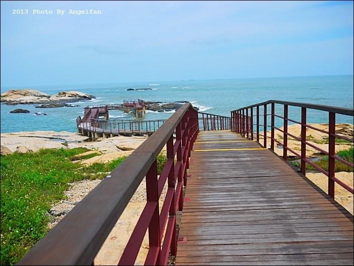 [金門景點]˙復國墩 ♥ 木頭棧道延伸到海中央,你敢挑戰嗎? @小環妞 幸福足跡