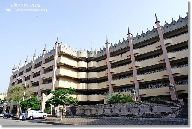 [台中景點]˙永春國小♥ 阿拉伯夢幻城堡,竟是一所國小,學生也太幸福了吧!! @小環妞 幸福足跡