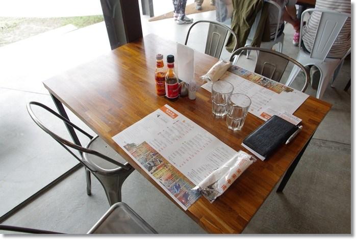 [宜蘭美食]˙來來牛排 ♥ 來來來,你來~來這邊當來來姐,咖啡廳裡吃牛排!? @小環妞 幸福足跡
