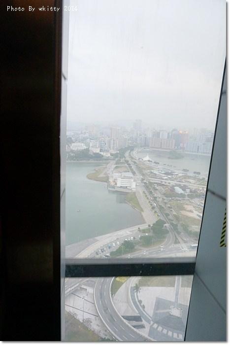[澳門自由行]旅遊塔(Macau Tower) * 澳門高空彈跳最佳點,俯瞰澳門海灣美景 ♥2014春節三天三夜當澳客(17) @小環妞 幸福足跡