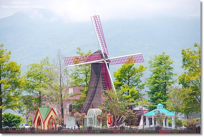 [宜蘭民宿] 倆仙沐田莊園*宜蘭礁溪 ♥ 荷蘭大風車出現在宜蘭,不可錯過的夢幻莊園 !! @小環妞 幸福足跡