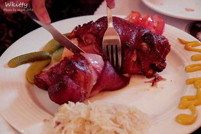 [宜蘭美食] 德屋餐廳*宜蘭礁溪♥道地德國豬腳宜蘭吃的到,超美味! @小環妞 幸福足跡