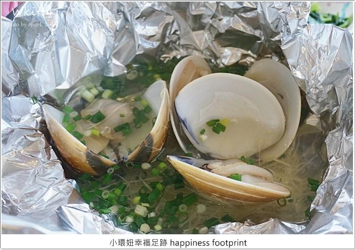 【富基漁港吃海鮮】自己要吃自己挑選,海鮮代客料理,超巨大的文蛤好開心! @小環妞 幸福足跡