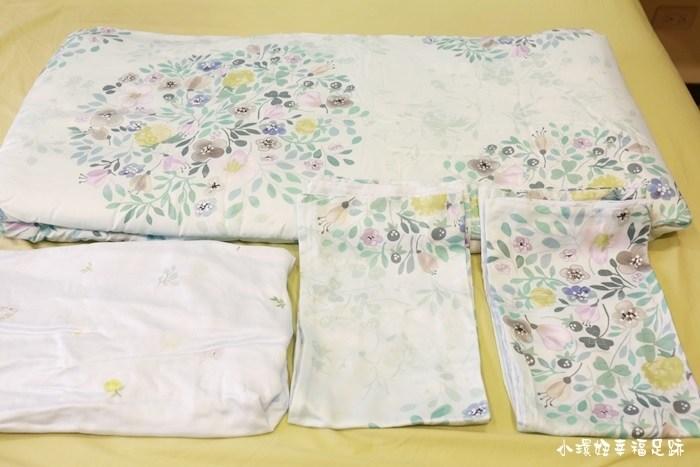 【寢具】夢幻的春夏床組,100%天絲纖維,築夢小舖四件式床包組cp值好高唷! @小環妞 幸福足跡