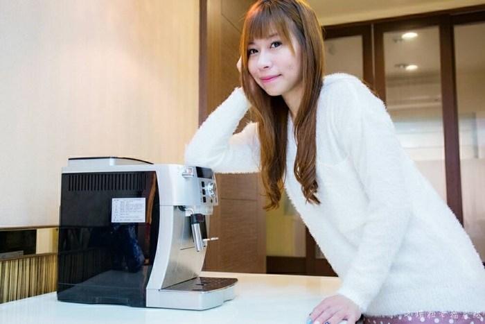【全自動義式咖啡機推薦】DeLonghi全自動義式咖啡機, ECAM 22.110.SB風雅型打奶泡體驗手作拉花!居家生活飄滿咖啡香! @小環妞 幸福足跡