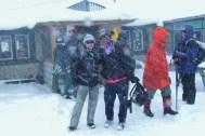 Przez snieg, zupelnie mokrzy docieramy do Pangboche