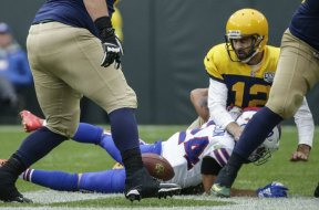 Packers Rodgers sacked Bills AP