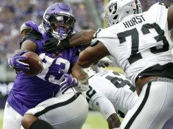Vikings Dalvin Cook v Raiders AP