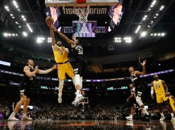 Lakers Bucks Basketball
