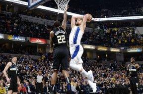 Pacers Sabonis dunk Middleton AP