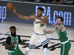 Giannis v Celtics AP