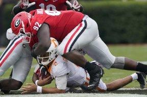 Georgia tackles Tennessee AP
