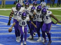 Vikings Cousins dance AP