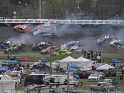 Dayton 500 2021 crash AP