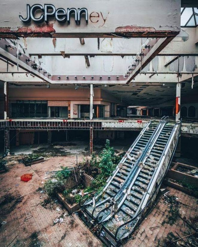 20 Abandoned Places That Can Touch Your Heart Or Break It