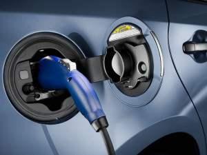 Samochody z napędem elektrycznym - wlaczoszczedzanie.pl - Flickr / @ Toyota Motor Europe / CC BY ND 2.0