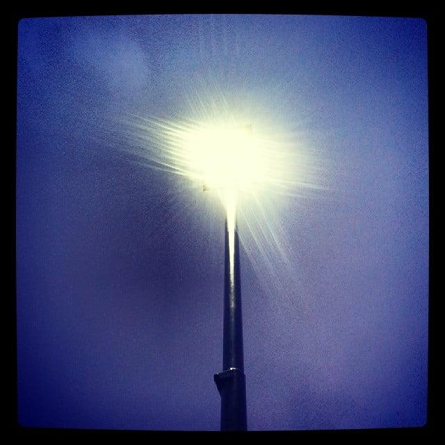 Latarnie LED mogą wywierać wpływ na środowisko - wlaczoszczedzanie.pl - Flickr / @ Likeaword / CC BY SA 2.0