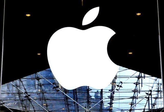 Apple planuje przy produkcji wyrobów skupić się wyłącznie na materiałach z recyklingu - wlaczoszczedzanie.pl - Flickr /@ sabin paul croce / CC BY 2.0