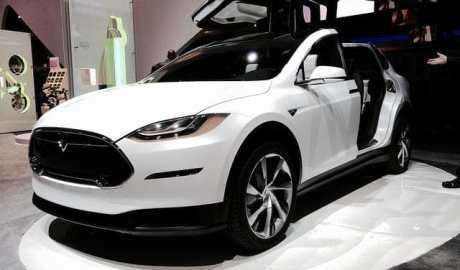 Tesla obniżyła ceny podstawowych aut Modelu S i X - wlaczoszczedzanie.pl - Flickr / @ Don McCullough / CC BY 2.0