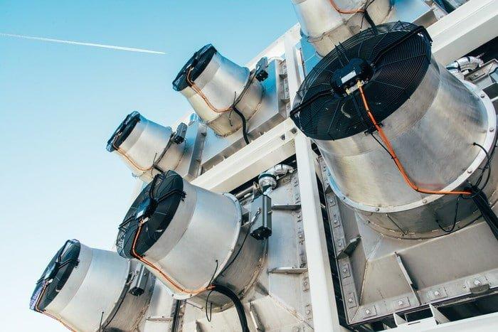 Szwajcarzy zbudowali komercyjną instalację która wyłapuje dwutlenek węgla