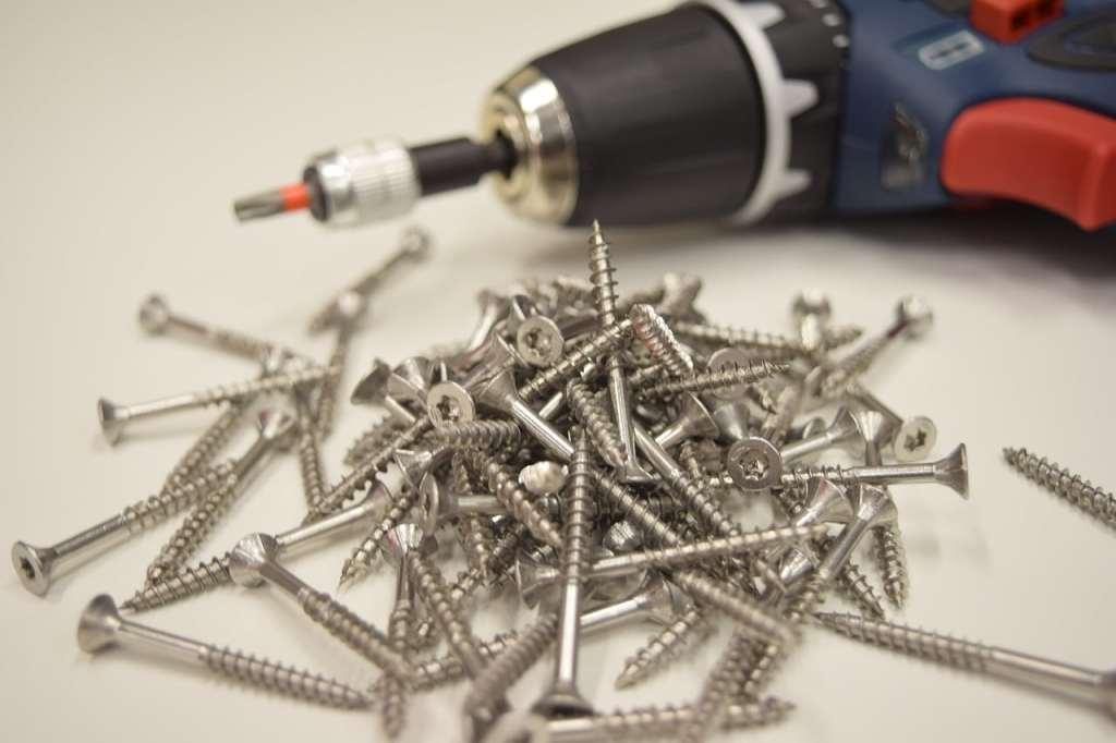 Inspekcja Handlowa skontrolowała elektronarzędzia. UOKiK radzi, na co zwracać uwagę przy zakupie elektronarzędzi