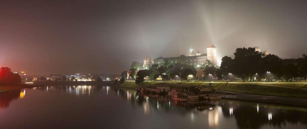 Standardy dotyczące oświetlenia polskich miast negatywnie wpływają na nasze zdrowie psychiczne i fizyczne